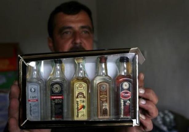 """بعشيقة تعاود بيع الكحول وسط انقاض دولة """"الخلافة"""""""