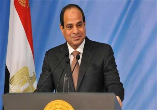 الرئيس السيسي يصل القاهرة بعد زيارة سريعة إلى كينيا