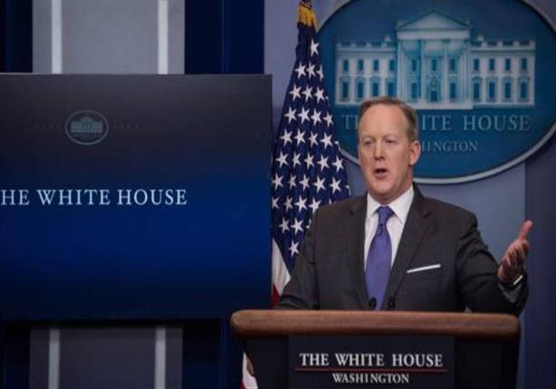 """البيت الأبيض يمنع مراسلي """"سي إن إن"""" ونيويورك تايمز من حضور إيجازه الصحفي"""