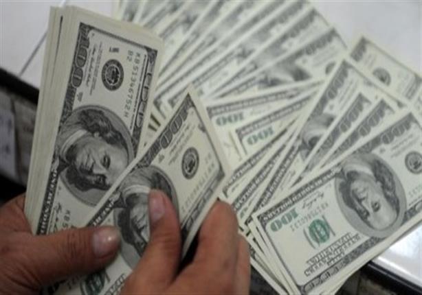 الدولار يودع أسبوعًا من الاستقرار ويبدأ مارس بزيادة 25 قرشًا