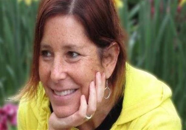 كاتبة أمريكية مصابة بالسرطان تريد زوجة لزوجها