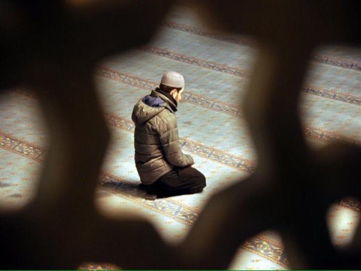 بالفيديو.. تأثير الصلاة على المخ في المعامل العلمية