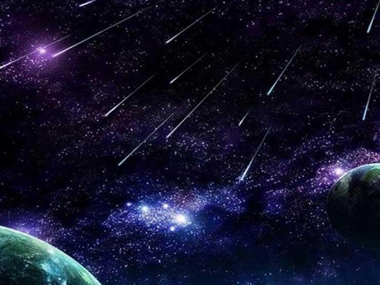 30 شهابًا في الساعة.. تفاصيل ظاهرة فلكية تشهدها سماء مصر بعد منتصف الليل