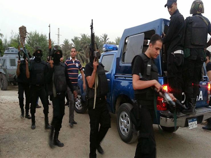 الداخلية: مقتل 8  إرهابيين في  شقة مهجورة إثر تبادل لإطلاق النار مع الشرطة بالعريش