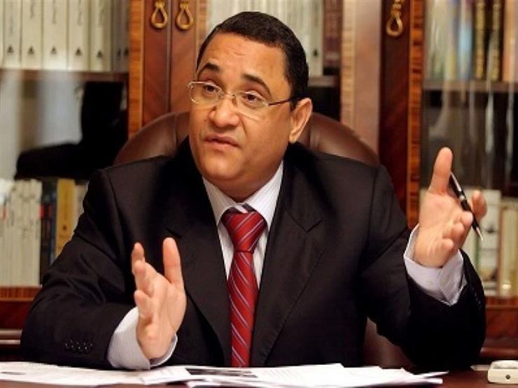 نائبة: جمع توقيعات لإسقاط عضوية عبد الرحيم علي