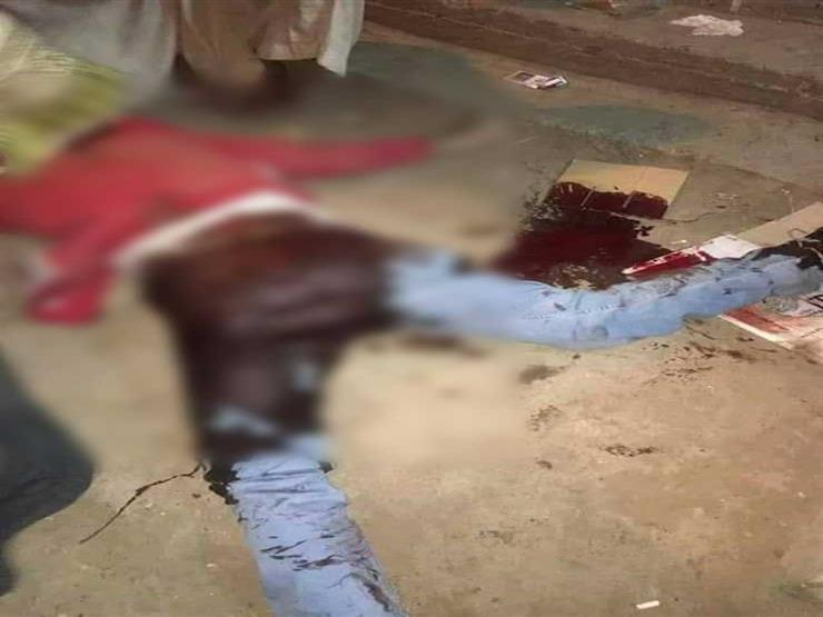 مصدر: 10 رصاصات أنهت حياة شقيقين أمام محل خمور بالعمرانية (صور)