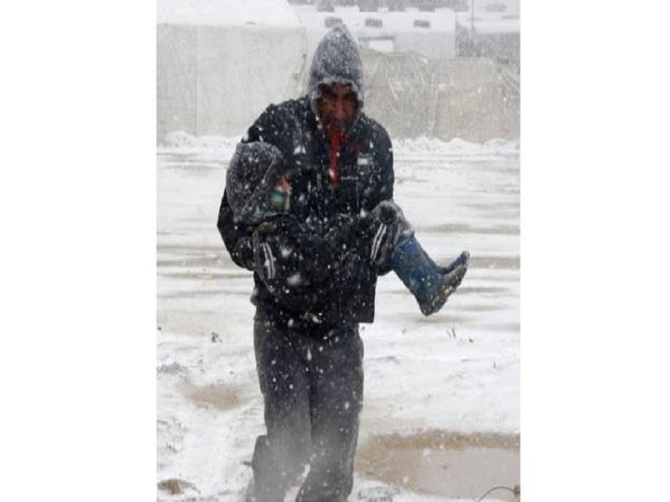 العثور على جثث سوريين قضوا برداً في لبنان