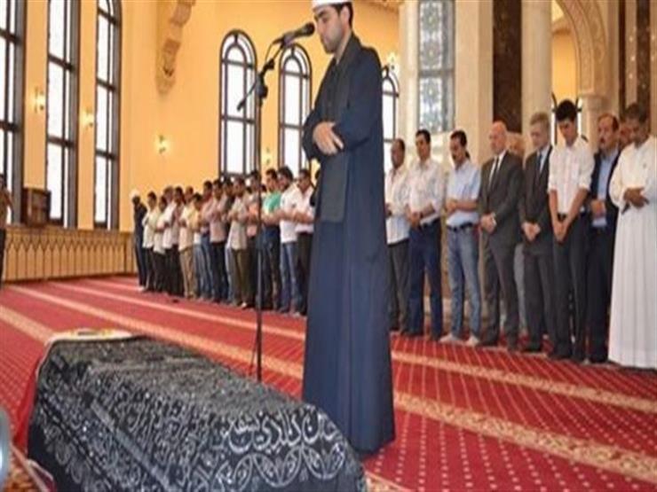 ما حكم صلاة الجنازة في المسجد.. وهل نصلي السنة أولًا؟ .. الإفتاء تجيب