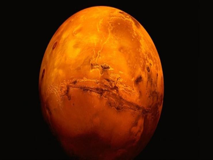 الكوكب المراوغ.. تفاصيل ظاهرة فلكية تشاهد بالعين المجردة الليلة