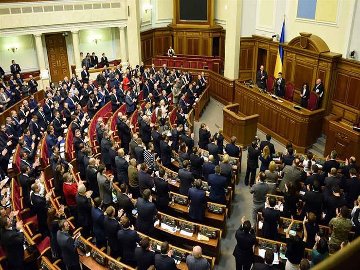 برلمان أوكرانيا يحظر الموافقة على أي لقاحات مضادة لكورونا من إنتاج روسي