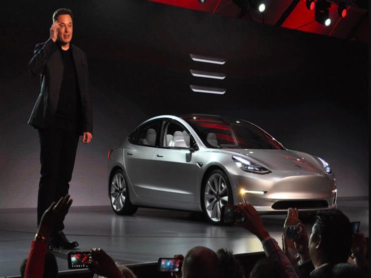 """رئيس تيسلا: السيارة """"موديل3"""" كادت أن تسبب في انهيار الشركة منذ أسابيع"""
