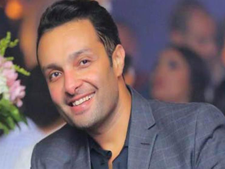"""شقيق ياسمين عبدالعزيز يغير حالته لمتزوج.. ويرد على متابعيه:""""عقبالكم"""""""