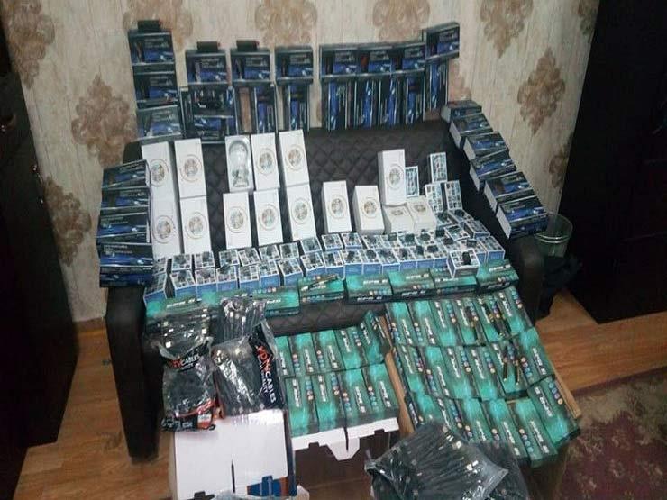 الأمن يداهم شركة استيراد بداخلها أجهزة تتبع وتصنت محظور بيعها