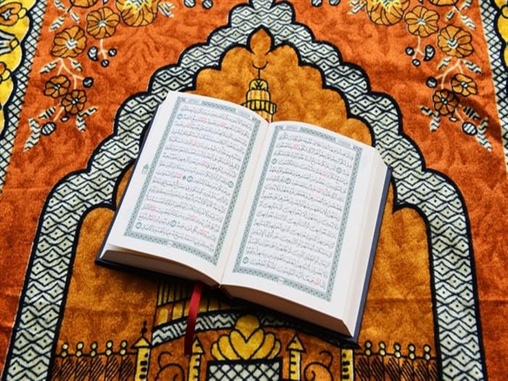 أمين الفتوى يوضح حكم قراءة القرآن من المصحف بدون وضوء