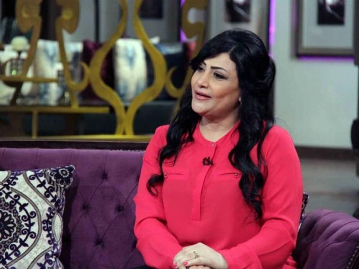 """بدرية طلبة بصحبة محمد عبده: """"اتربيت على صوته"""""""