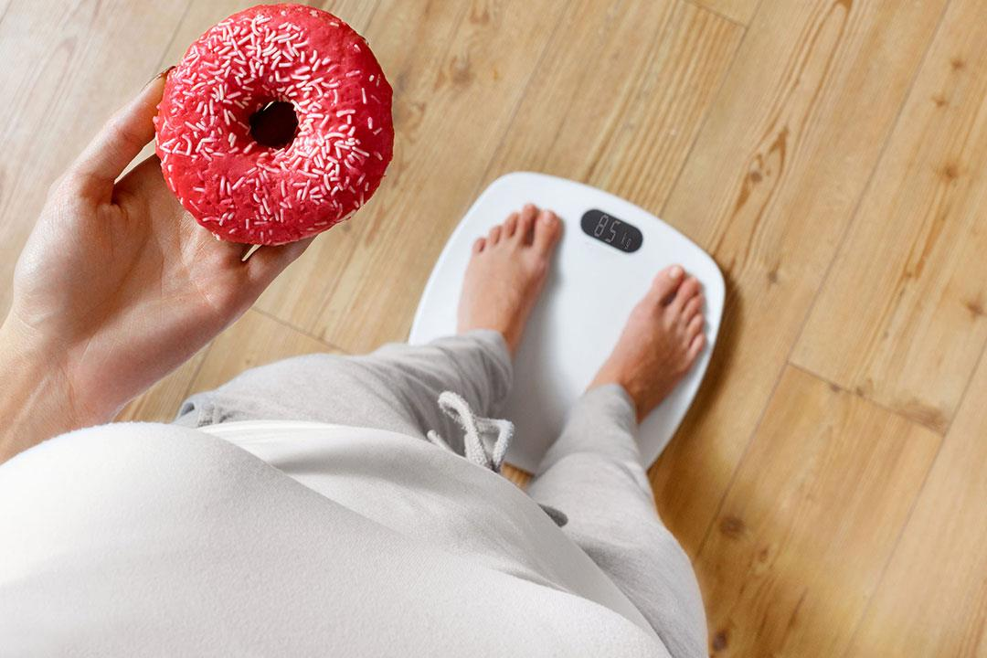 رغم اتباع الدايت.. 9 عادات خاطئة تمنعك من خسارة الوزن (صور)