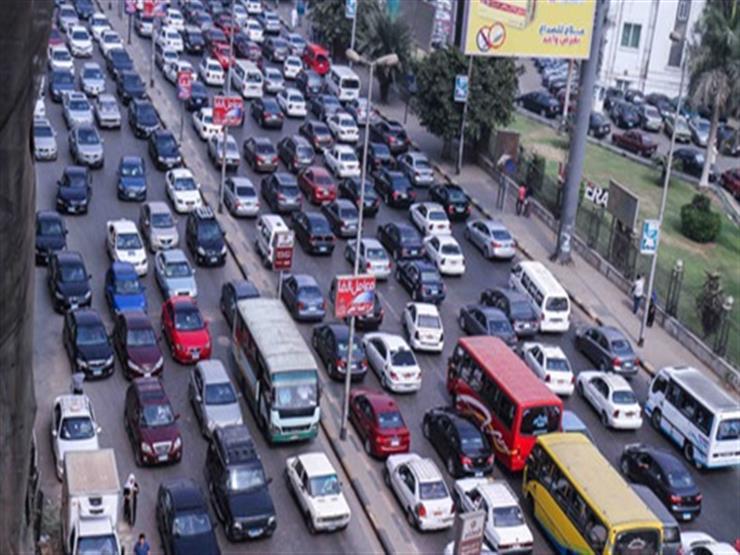 حركة المرور: ازدحام بصلاح سالم وكورنيش المعادي وأمام ماسبيرو