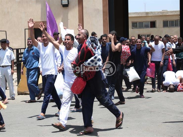 عفو رئاسي وشرطي.. الداخلية تعلن الإفراج عن 919 نزيلًا بالسجون