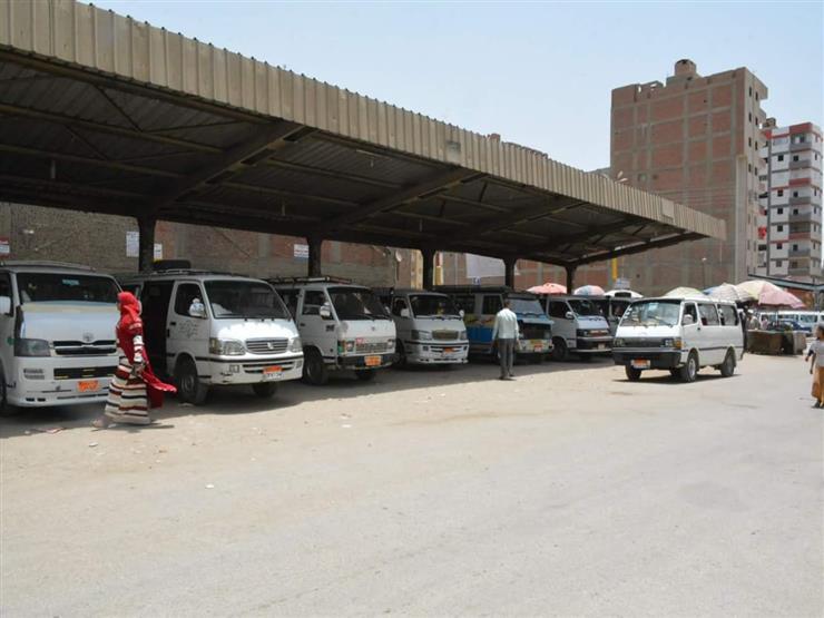 محافظ سوهاج: لا زيادة في تعريفة ركوب السيارات بعد ارتفاع أسعار البنزين