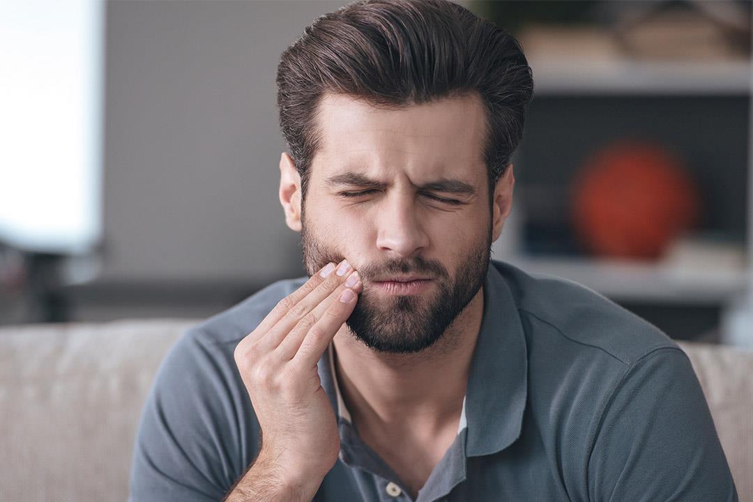 أسباب تؤدي إلى سقوط أسنانك.. تعرف عليها