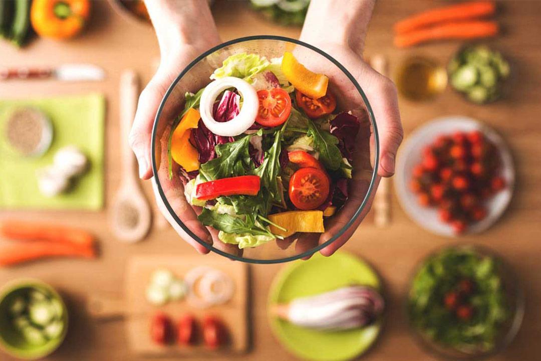 للحفاظ على صحتك ووزنك.. نظام غذائي صحي في رمضان