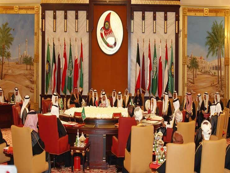 وزراء صحة الخليج يبحثون توحيد جهود مواجهة سلالات كورونا