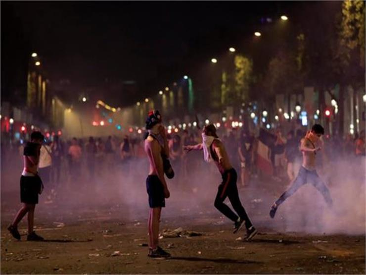 اعتقال نحو 300 شخصٍ في فرنسا خلال الاحتفالات بالفوز بكأس العالم