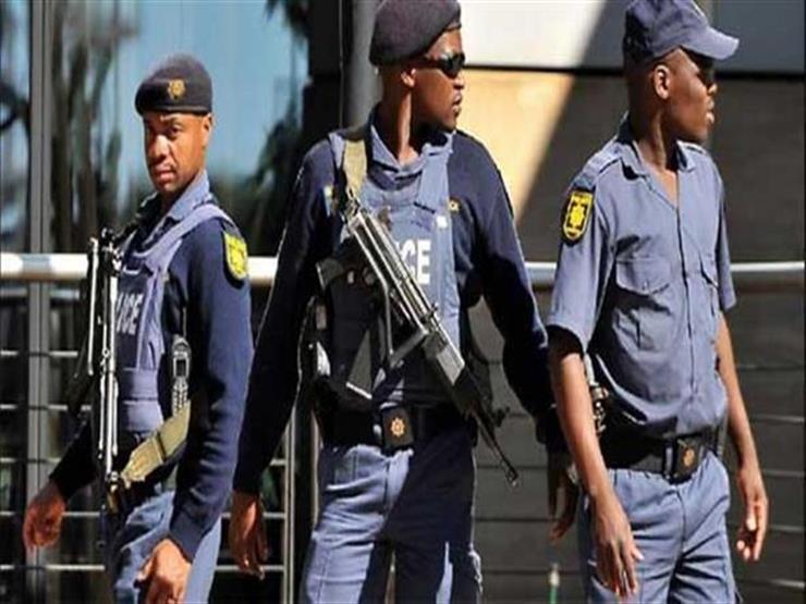 مقتل 13 شخصا إثر انهيار جدار كنيسة في جنوب أفريقيا أثناء إقامة صلوات بها