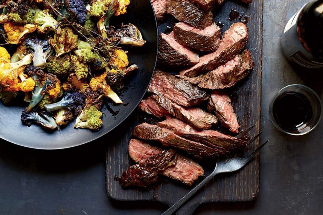 مشاكل صحية تحدث لك عند الإفراط في تناول اللحوم.. (انفوجراف)