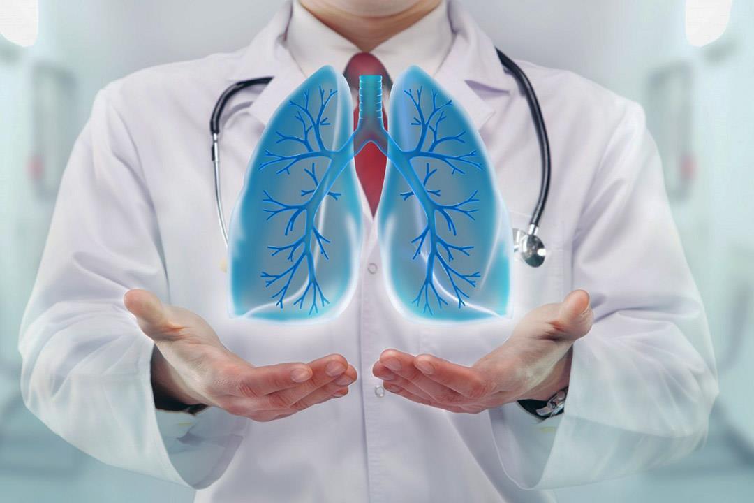 أسباب متعددة لتجمع الماء على الرئة.. إليك العلاج