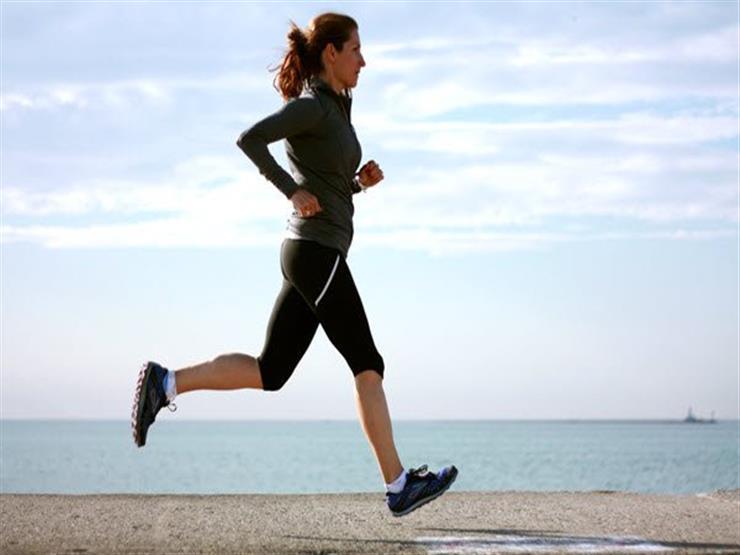 ما مدى ضرر ممارسة الأم لتمارين الجري بعد الولادة؟
