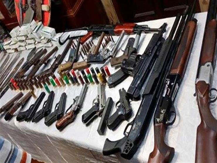 ضبط 95 متهما بالاتجار في المخدرات والسلاح خلال 24 ساعة بالجيزة
