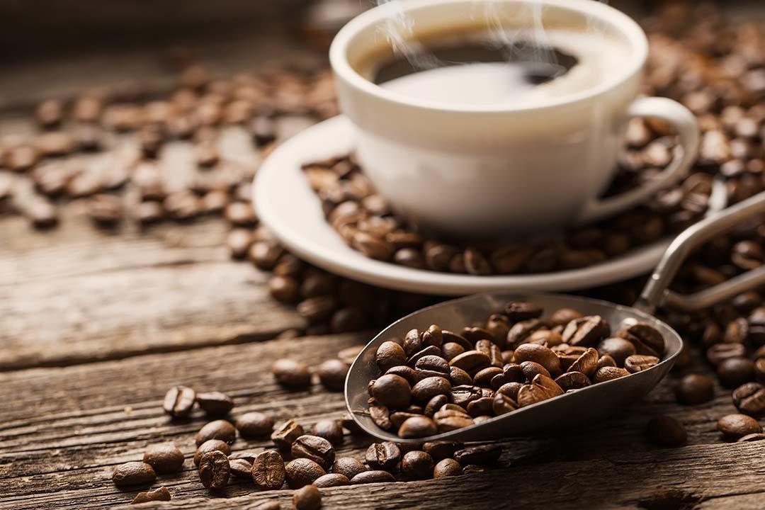كم فنجان قهوة مسموح تناوله في اليوم؟