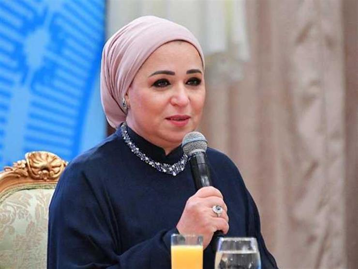 """انتصار السيسي عن الرئيس: """"اتجوزنا يوم الخميس.. الأحد كان في الشغل"""""""