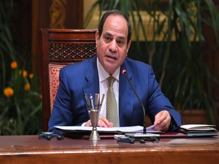 """""""فرصة للمصريين"""".. السيسي: لا بد من طرح شركات القوات المسلحة في البورصة"""