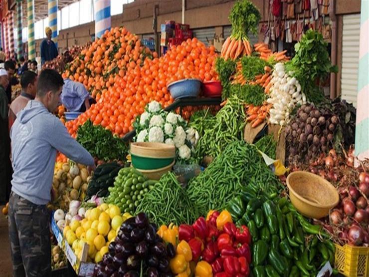 أسعار الخضر والفاكهة تستقر في سوق العبور خلال تعاملات اليوم