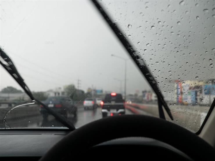 المرور: أمطار على معظم الطرق السريعة.. ونناشد السائقين الالتزام بالتعليمات