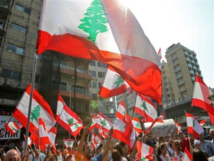 المحتجّون في لبنان يعززون أساليب قطع الطرق في اليوم ال12 للتظاهرات