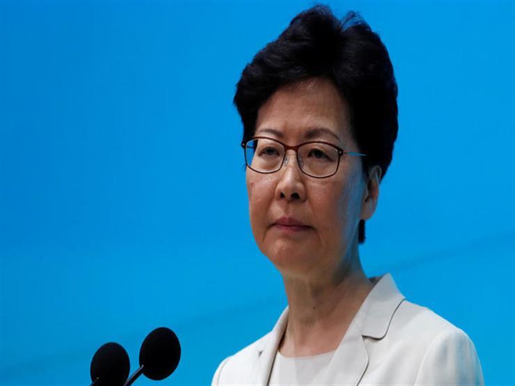 الرئيسة التنفيذية لهونج كونج تعلن أنها ستقدم برنامجا تلفزيونيا