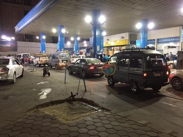 قصة خفض أسعار البنزين لأول مرة في تاريخ مصر (فيديوجرافيك)