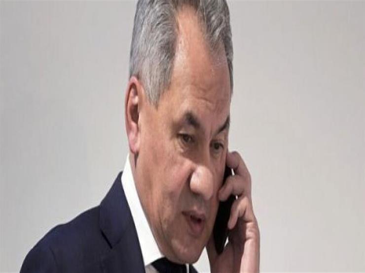 وزيرا دفاع أرمينيا وروسيا يبحثان هاتفيًا تعزيز التعاون العسكري