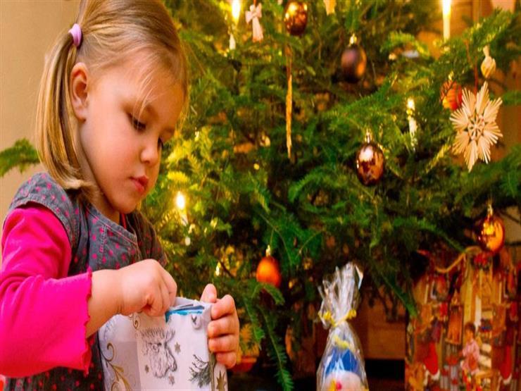 استطلاع: الألمانيون يميلون إلى الأموال وقسائم الشراء كهدايا للكريسماس