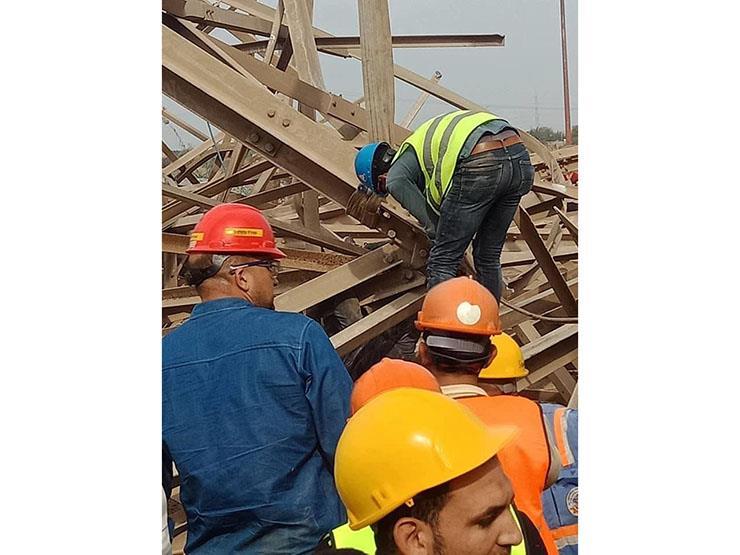 النيابة تنتقل لمعاينة موقع انهيار برج كهرباء بأوسيم