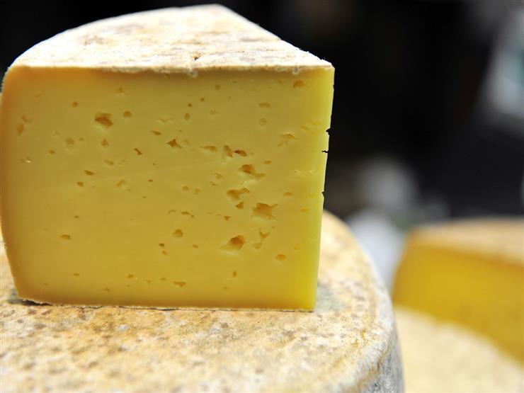 يمكنك تحضير الجبن الرومي في المنزل في دقائق