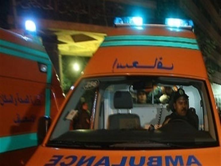 بالأسماء.. إصابة 9 أشخاص في انقلاب سيارة أجرة بالوادي الجديد