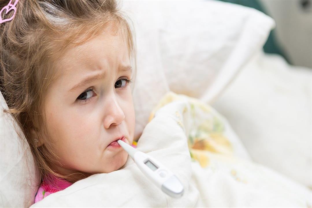 أسباب ارتفاع درجات الحرارة لدى الأطفال وطرق التعامل معها مصراوى