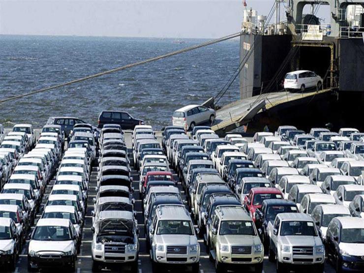 """كيف أثر قرار """"التعويم"""" على مبيعات قطاع السيارات في ثلاث سنوات؟"""