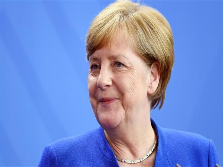 ميركل تدعو إلى مراجعة العلاقات بين الناتو وروسيا