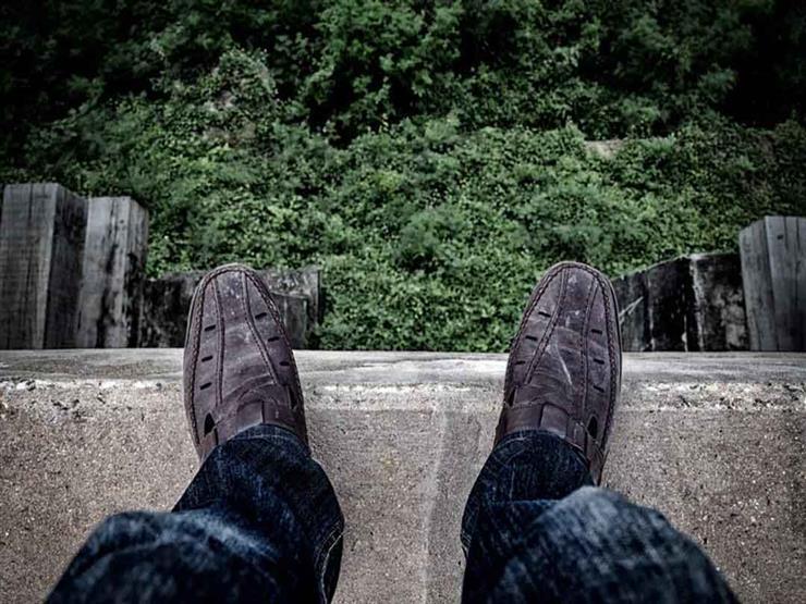 بعد انتحار طالب الهندسة من البرج.. طبيب نفسي يكشف سبب اختيار تلك الطريقة