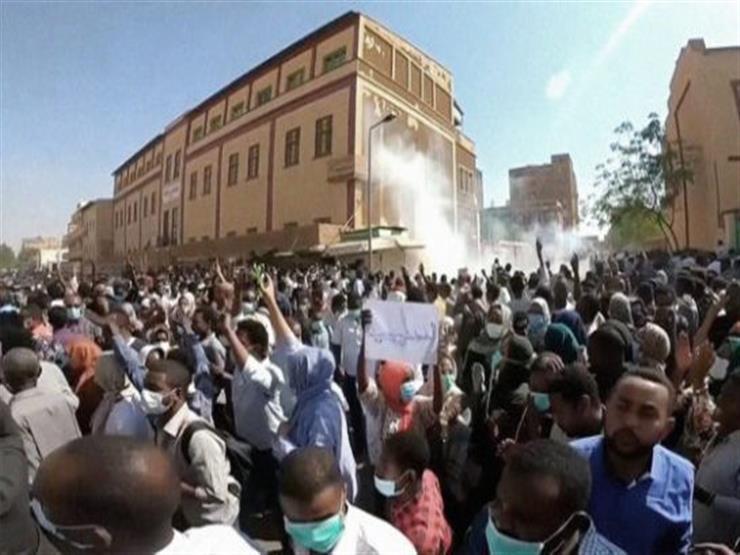 تظاهرات مؤيدة للبشير في الخرطوم بالتزامن مع انعقاد جلسة محاكمته